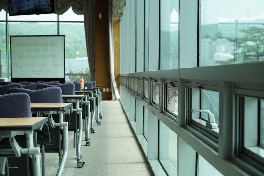 arbejdsglæde foredrag præsentationsteknik kursus sidemandsoplæring konstruktiv feedbac